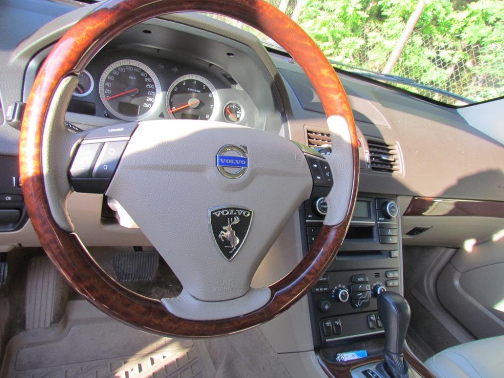 Volvo Лось наклейка.jpg